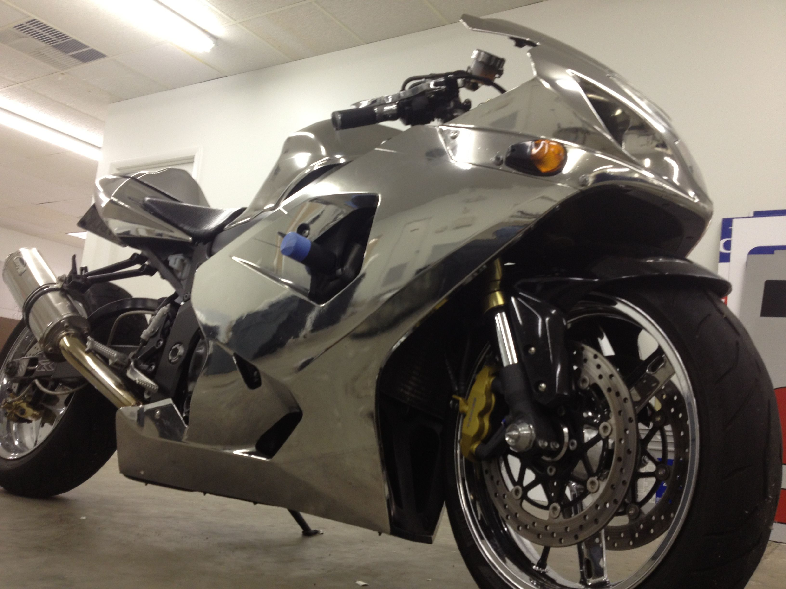 Chrome vinyl wrap on street bike