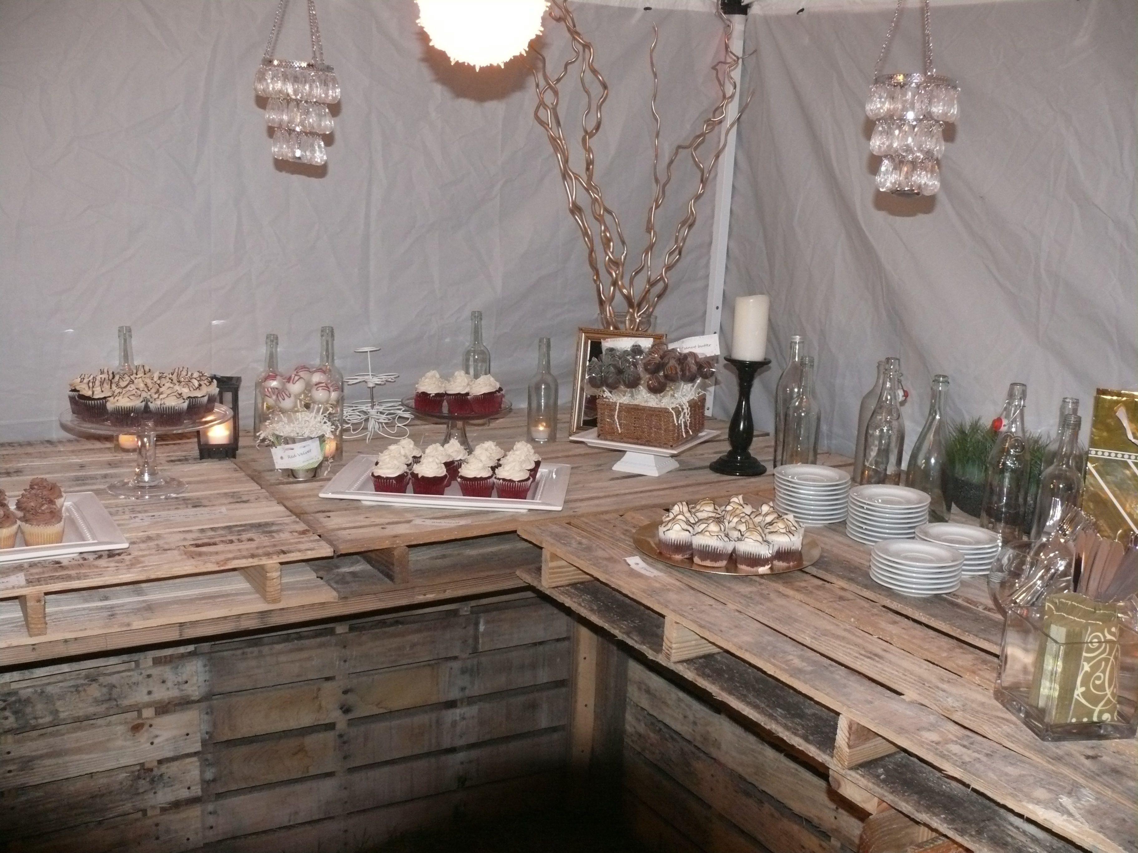 Dessert bar table made out of pallets pallet pinterest for Tables made out of pallets