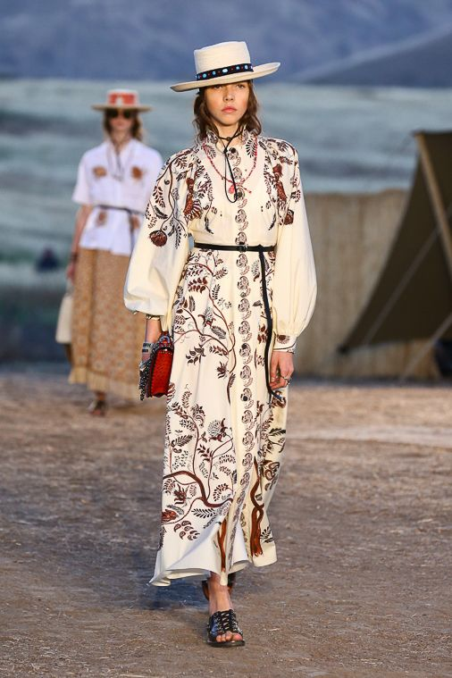 e71114f0 Dior Cruise 2018 Explores High Fashion Western Wear | Western Style ...