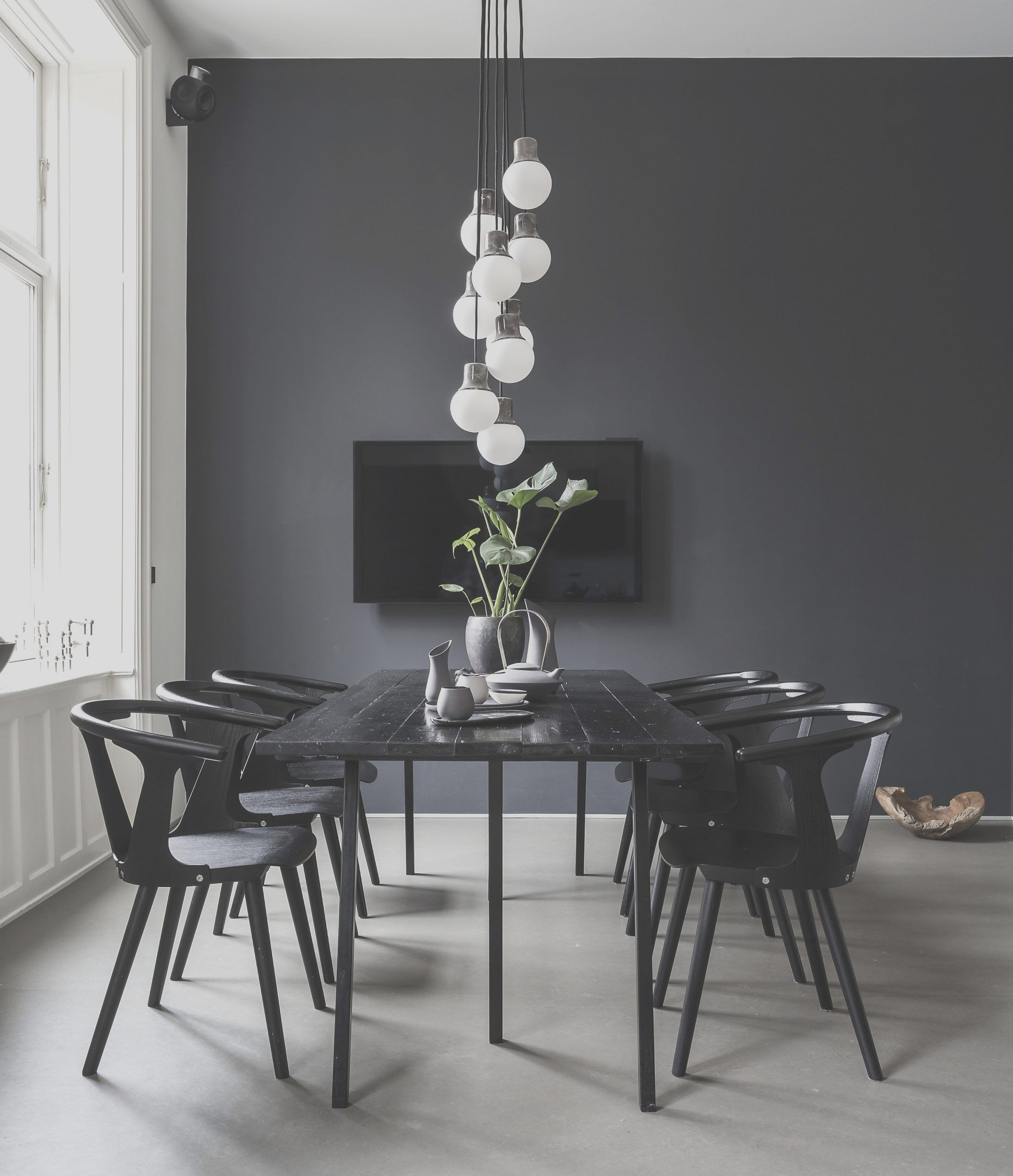 40 Modern Dining Room Design Ideas You Were Looking For In 2021 Minimalist Dining Room Scandinavian Dining Room Mid Century Dining Room Tables
