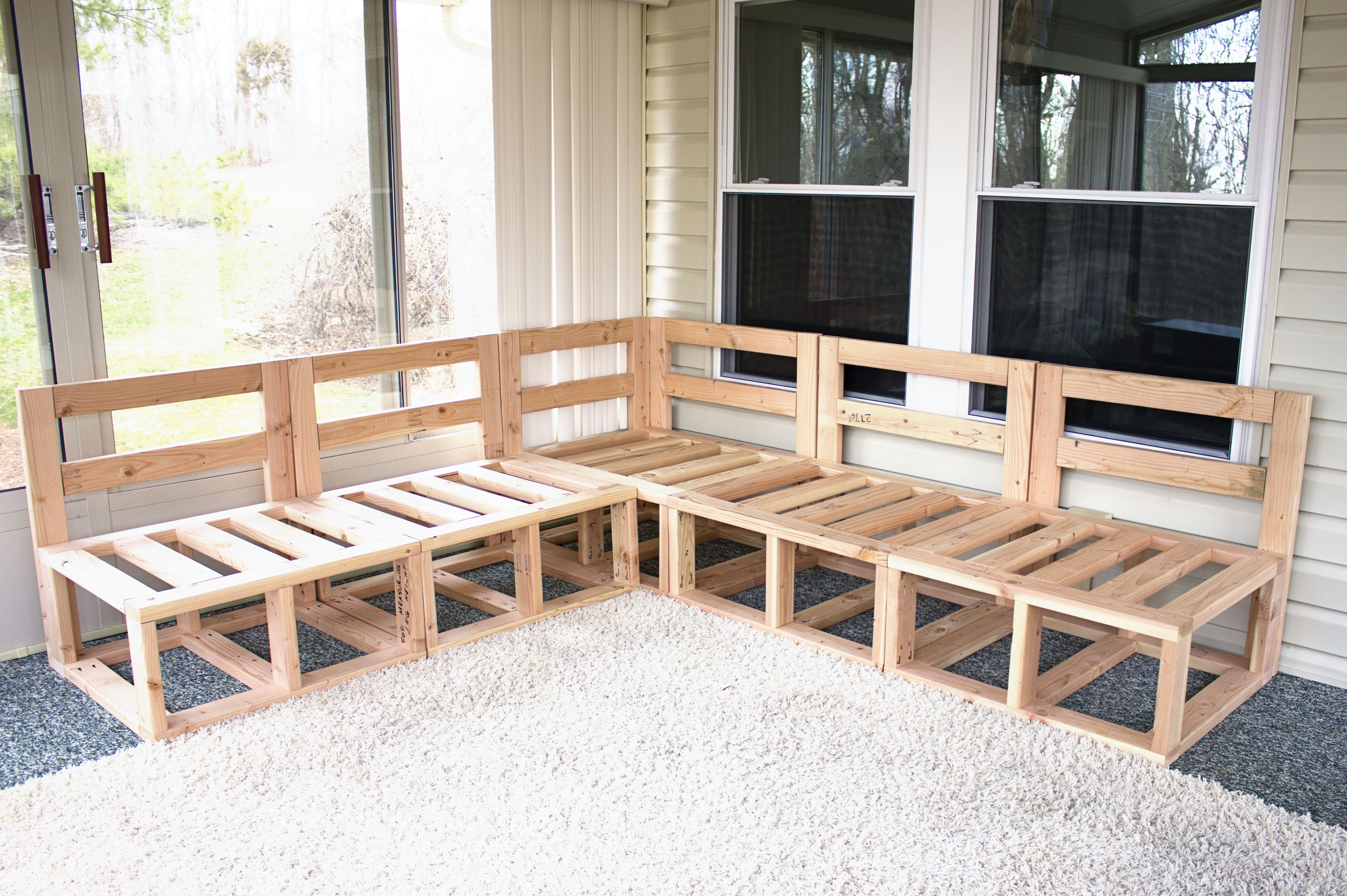 Outdoor sectional framing DIY project Diy outdoor