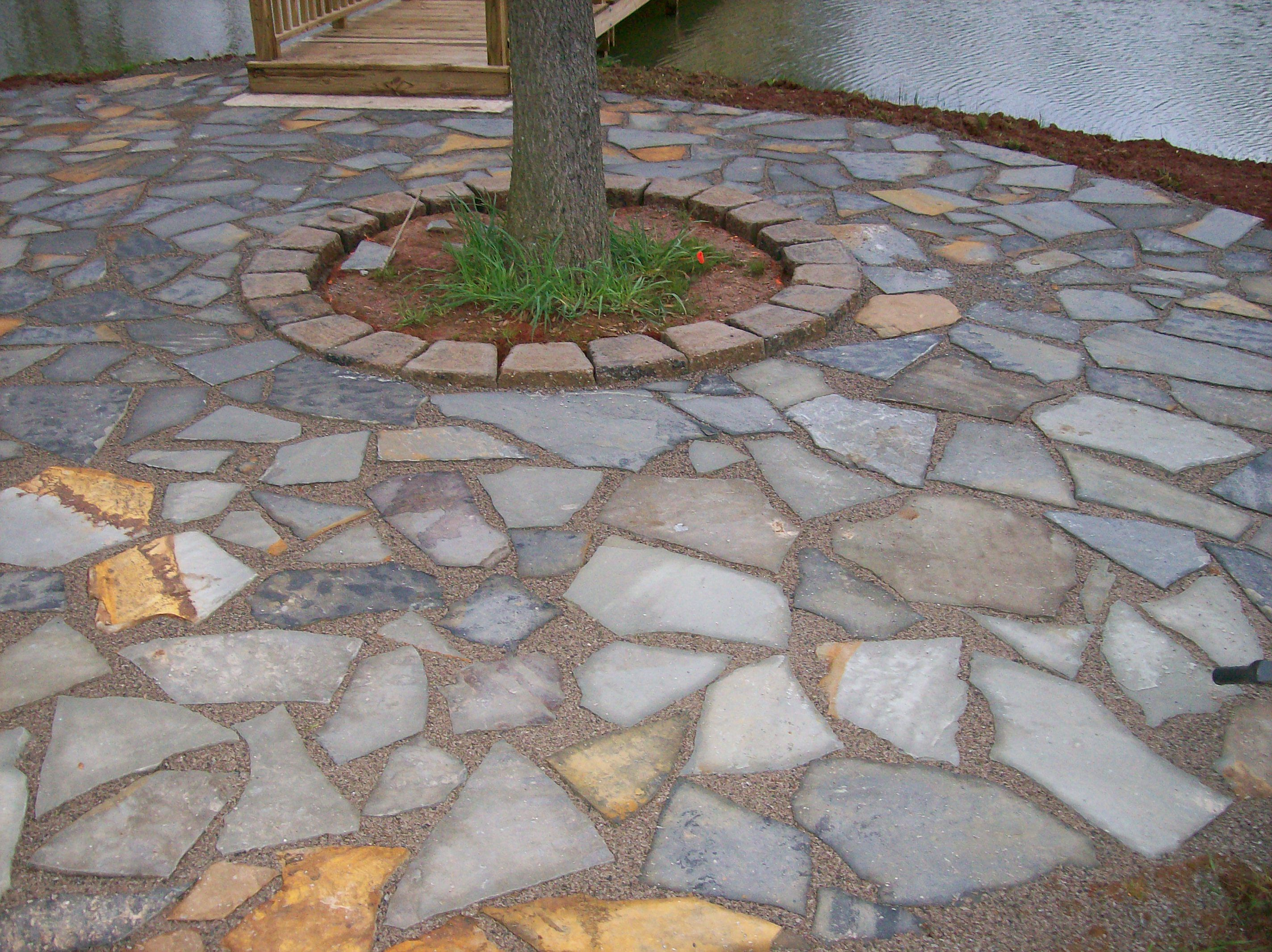 Flagstone patio pictures if you prefer a more rustic for Flagstone designs