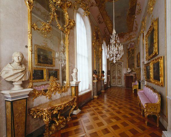 Schlosser Garten Schlosser Garten Im Uberblick Objekt Schloss Sanssouci Stiftung Preussische Schlosser Und G Palace Interior Opulent Interiors Palace