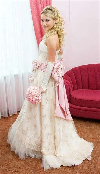 Оксана муха платье с розовым бантом
