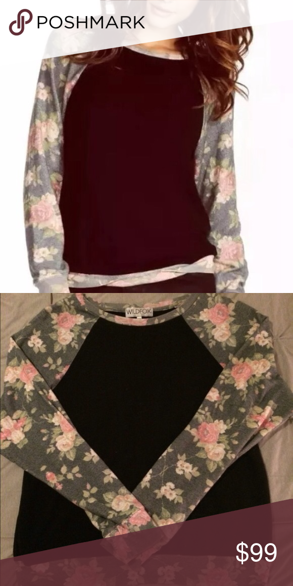RARE WILDFOX Black Rose jumper  WILDFOX Black Rose Raglan baggy beach jumper! Gently used, excellent condition & from smoke free home. Wildfox Tops Sweatshirts & Hoodies
