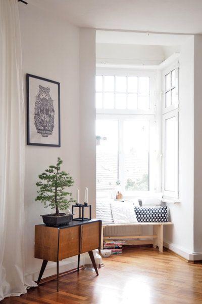 Ein bisschen Skandinavien, ein bisschen Vintage, ein bisschen Boho - wohnzimmer schwarz weiss holz