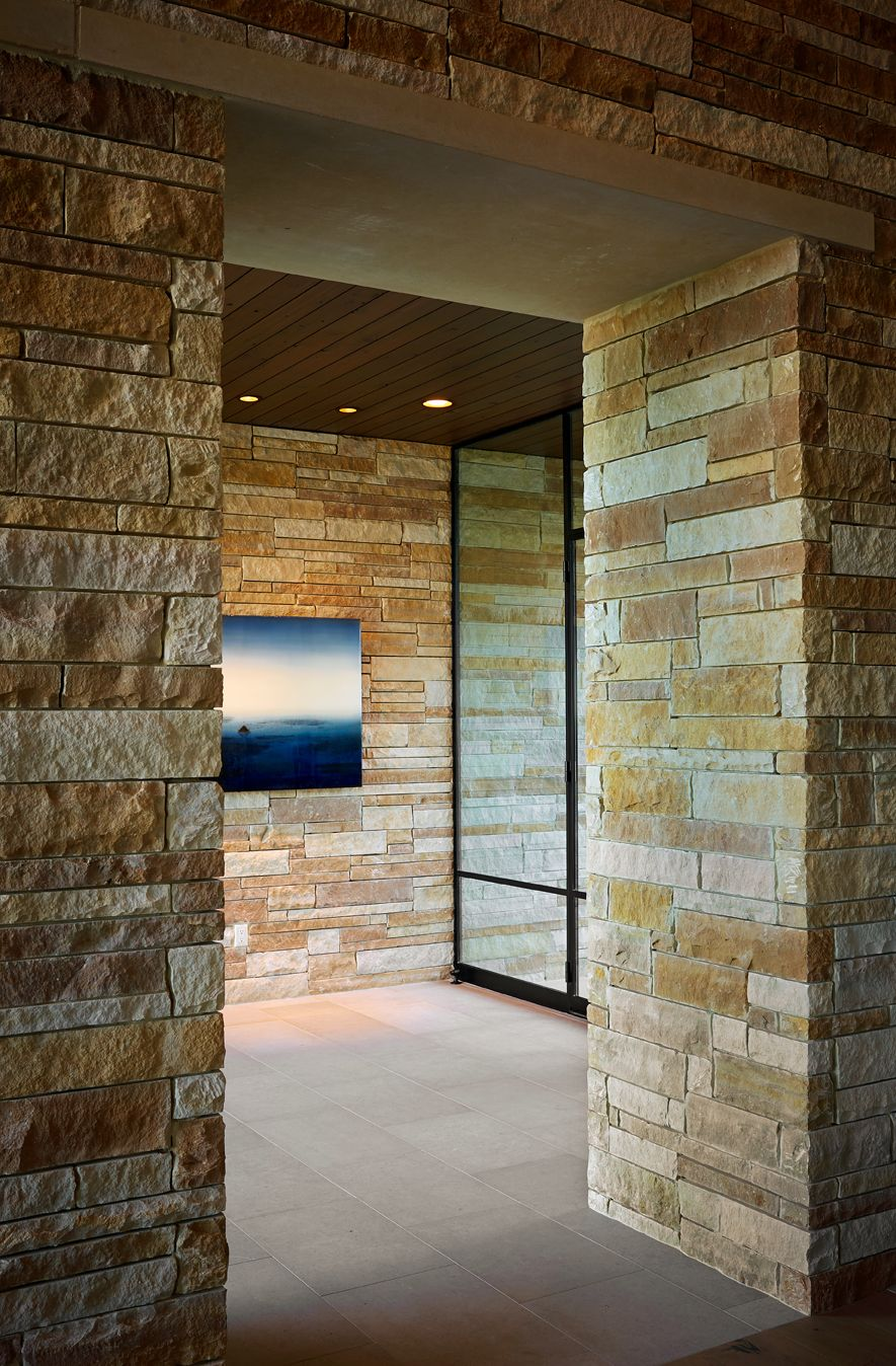 By Larue Architects: Interior Entry Of The Angel Bay Residence