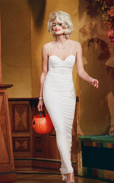 37 best celebrity Halloween costumes of all time Marilyn monroe - marilyn monroe halloween costume ideas