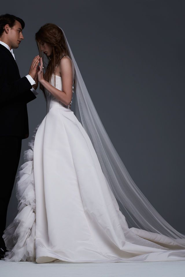 Vera Bridal 2017 Used Wedding Dresses Dress Trends