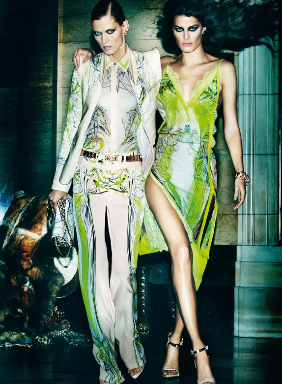 The new #RobertoCavalli Spring/Summer 2013 #AdCampaign stars the top models Isabeli Fontana, Malgosia Bela and Sui He shot by Mario Testino.