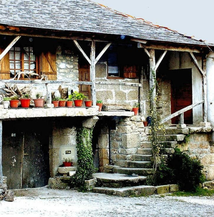 A rural house in portugal pixdaus portugal italy travel pinterest casas casas - Casas rurales portugal ...