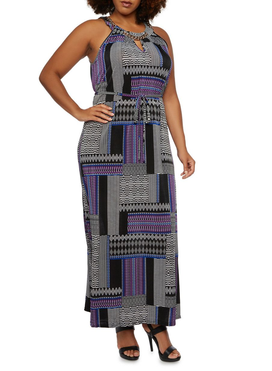 Plus size maxi dress with curb chain scoop neckblackwhite