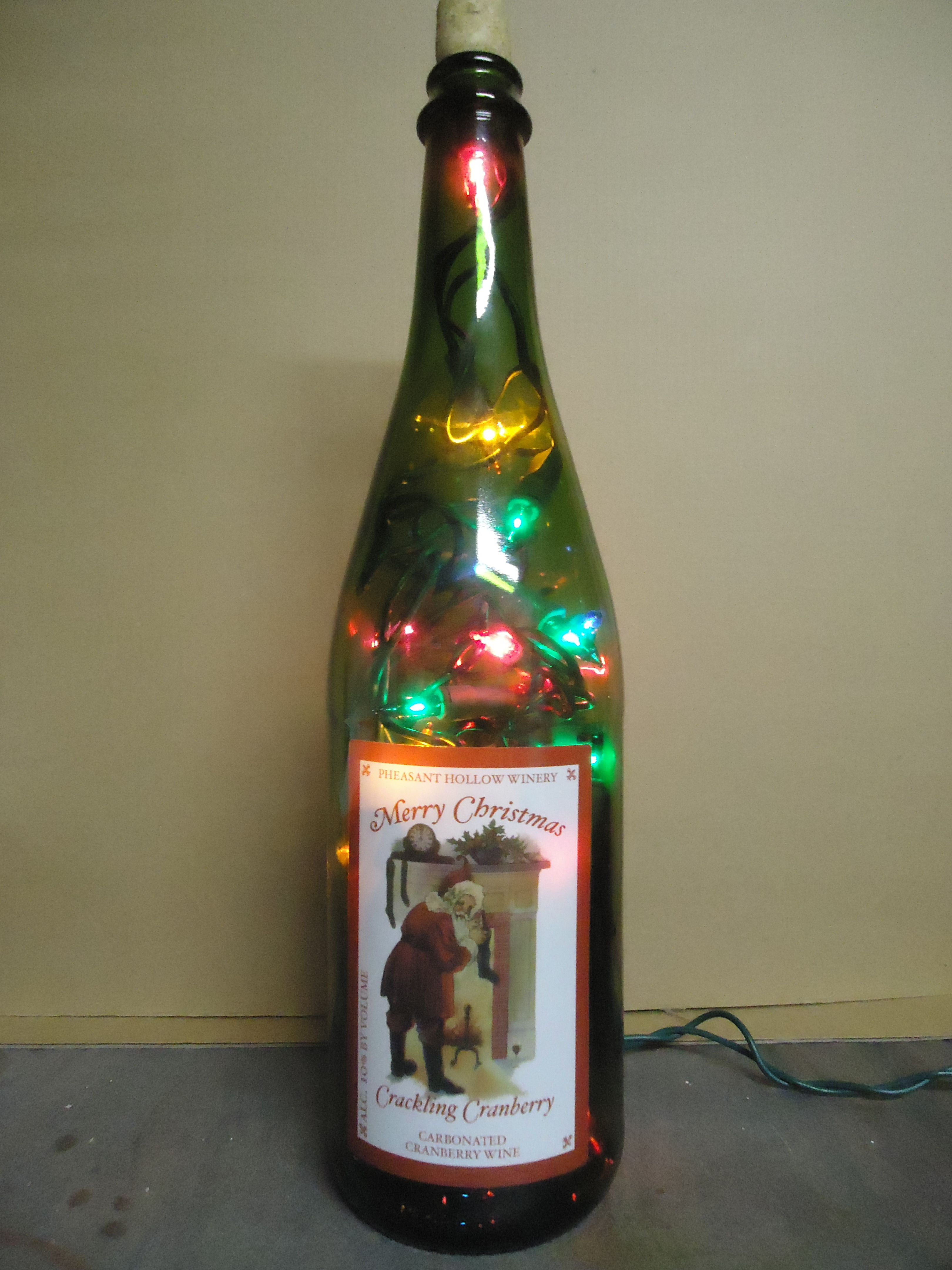 Merry Christmas Cracklin Cranberry Bottle Light