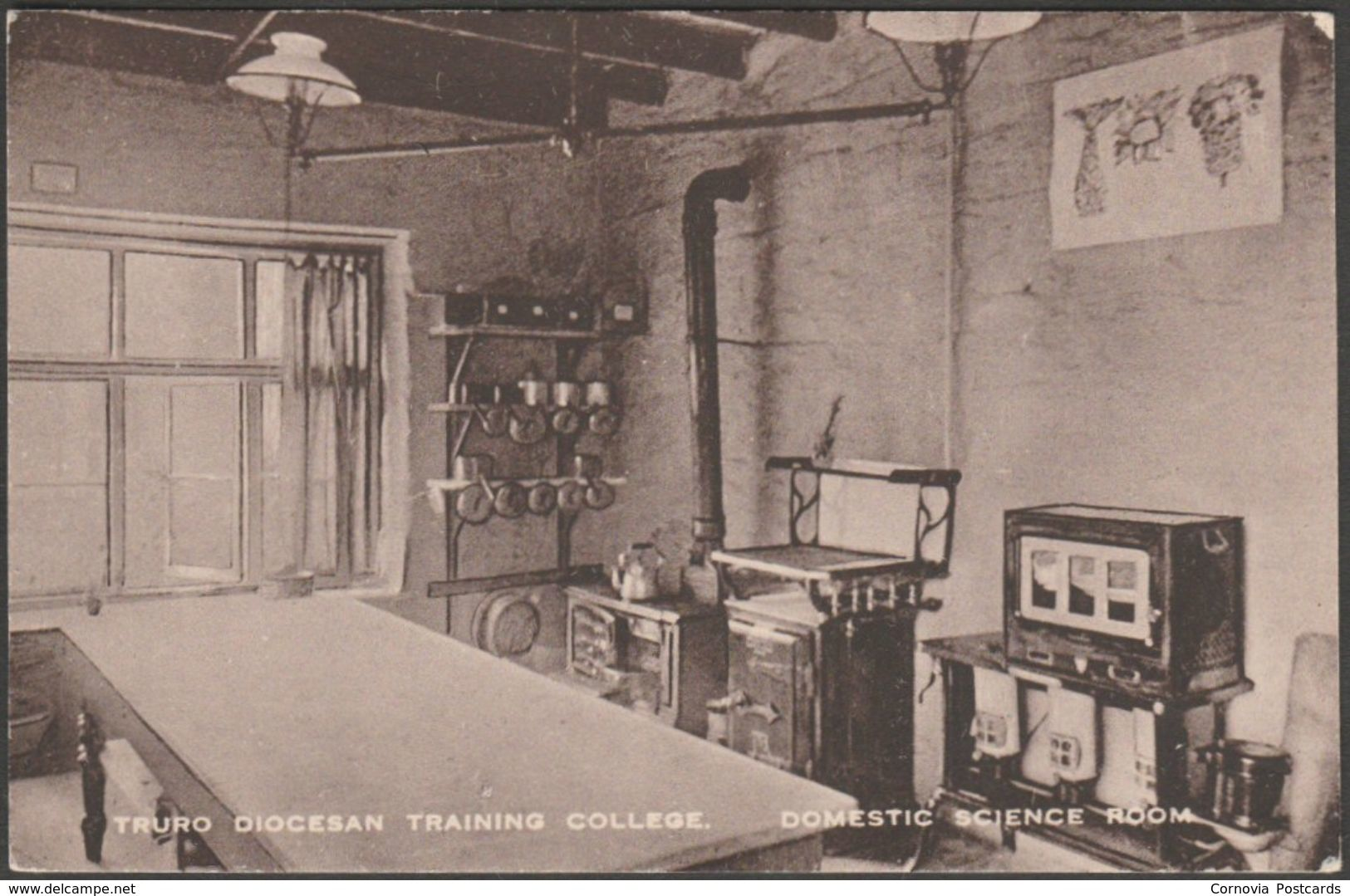 Domestic Science Room, Truro Diocesan Training College, Cornwall, 1923 - Postcard