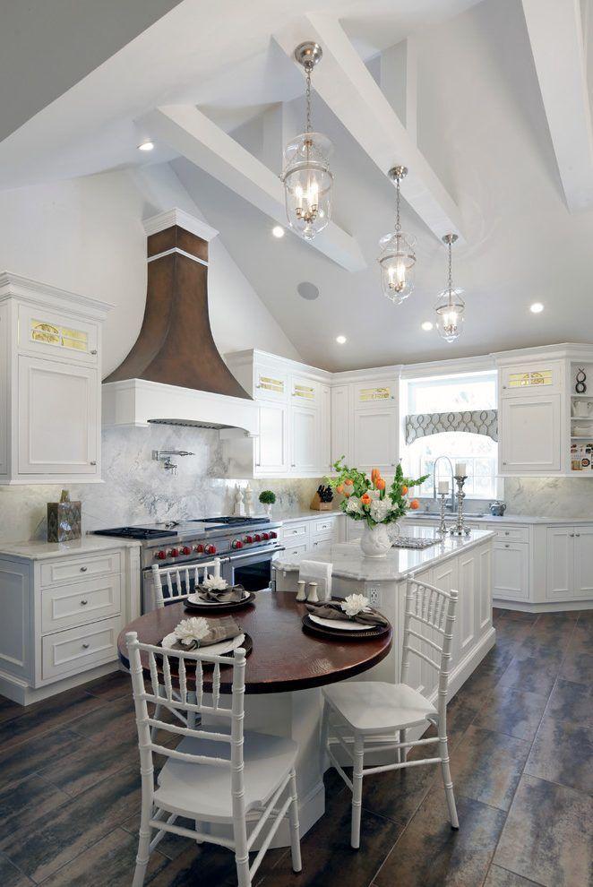 Vaulted Ceiling Ideas Farmhouse Style #ceilingideas