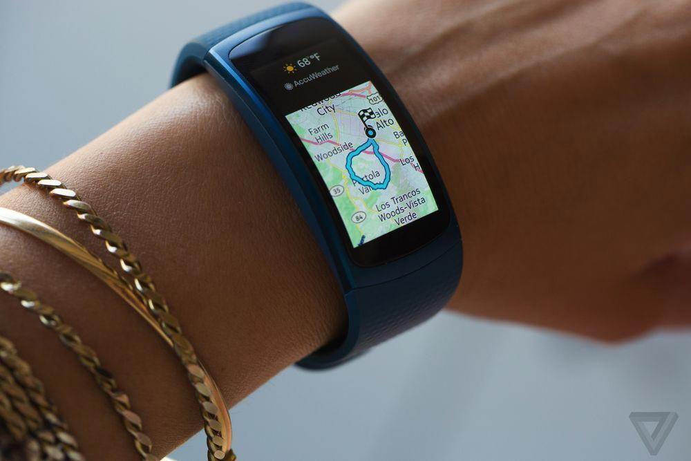 Samsung Gear Fit 2 2016 Samsungfitnesswatches Samsung Gear Fit Samsung Gear Fit 2 Fitness Gear Gadgets