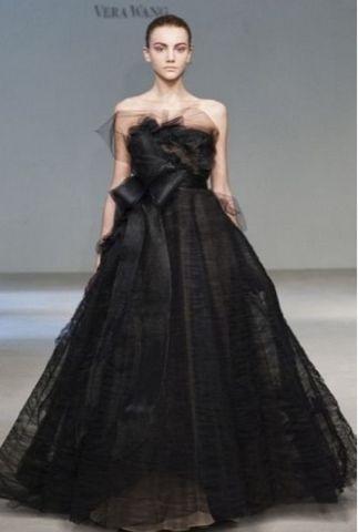 Vera Wang Black wedding gown | Unique Wedding Dresses | Pinterest ...