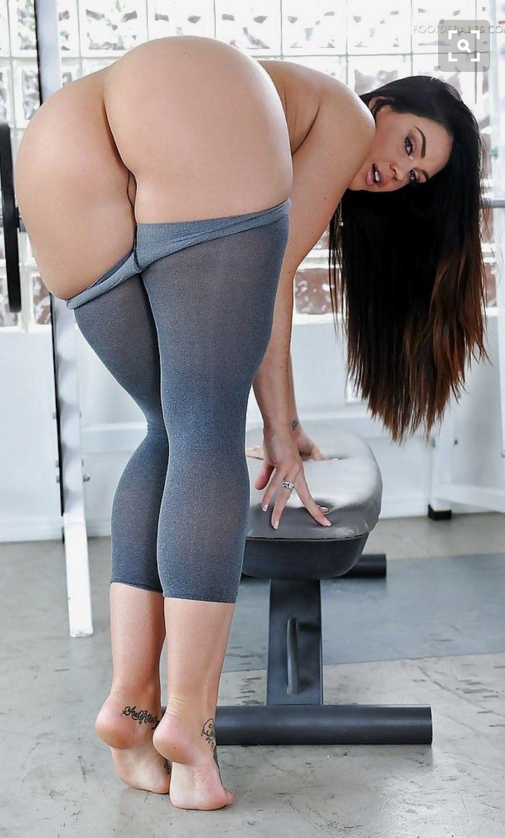 Hot naked yoga pant — 9
