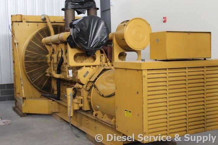 Caterpillar 1750 kw dieselgenerator with low hours http
