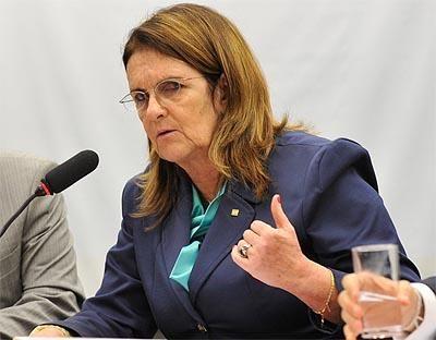 Sigilo impediu Graça Foster de revelar corrupção