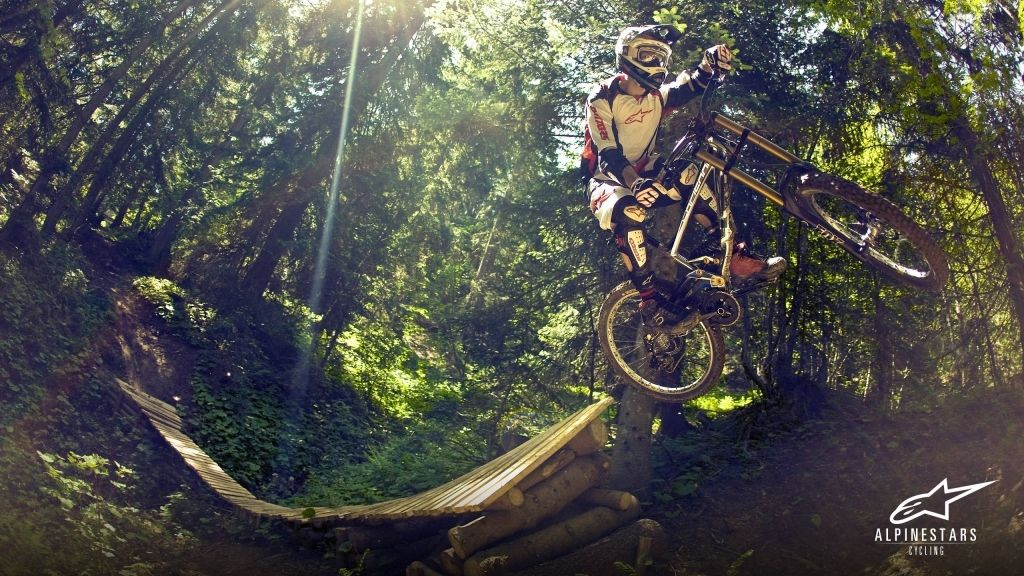 Downhill Mountain Bike Wallpapers Wallpaper 1280x800 Biking 40