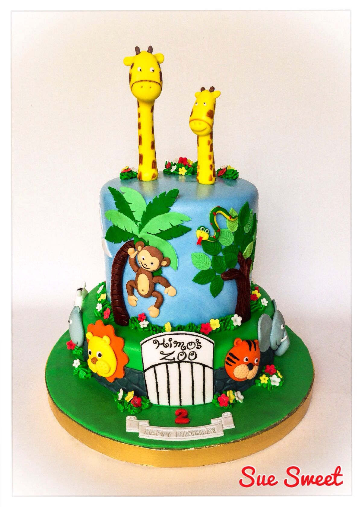 Zoo Animals Cake With Images Zoo Birthday Cake Zoo Cake Cool