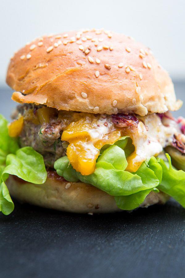 burger mit radicchio scamorza und mango chutney food bbq grillen pinterest chutney. Black Bedroom Furniture Sets. Home Design Ideas