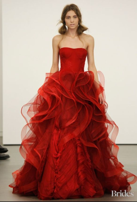 Fabulous red Vera Wang wedding gown | AMAZING WEDDING GOWNS ...