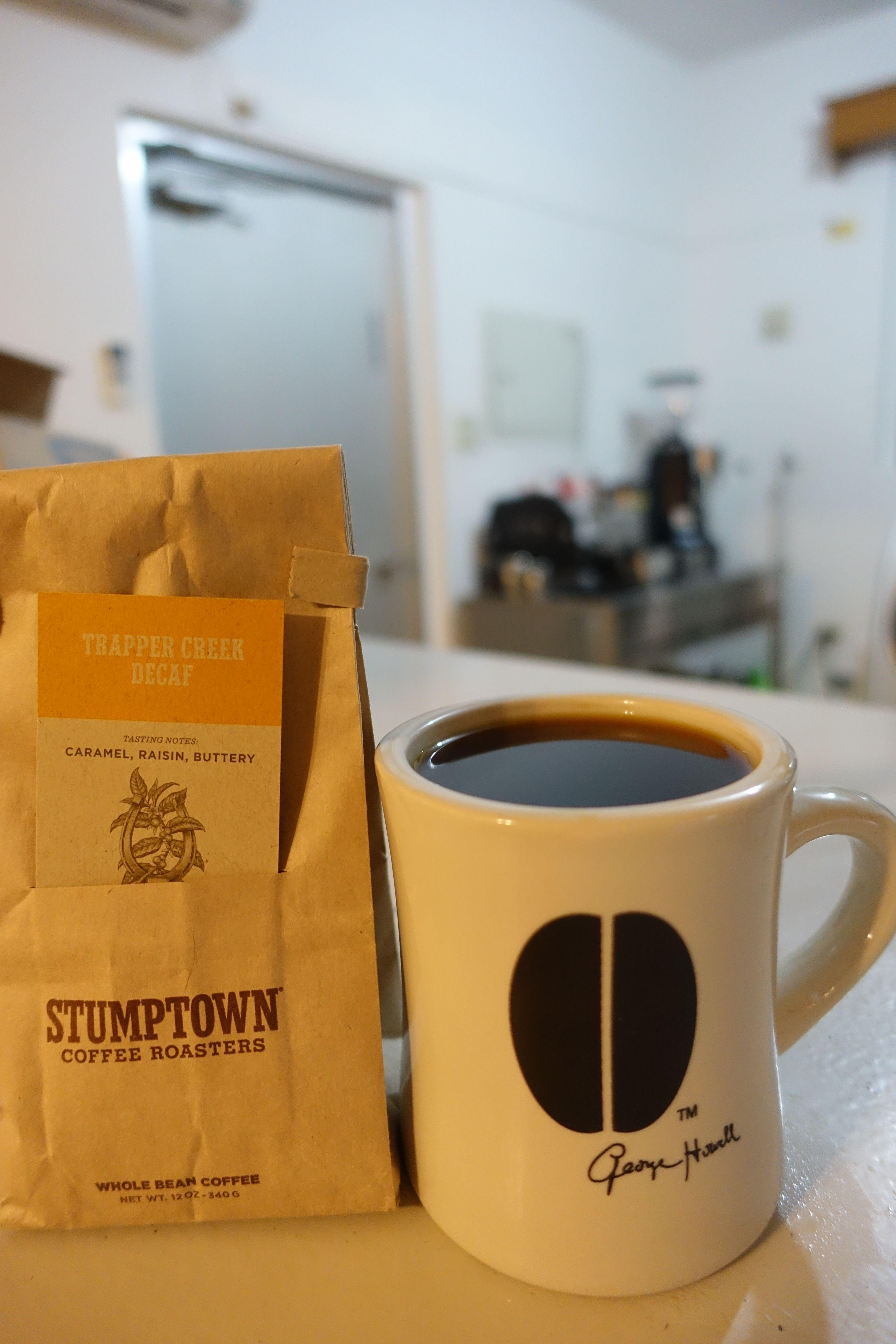 アメリカ・シアトルより   Trapper Creek Decaf   バター、ナッツなど 爽やかで甘い風味の印象☆ 良いディカフェのコーヒー。