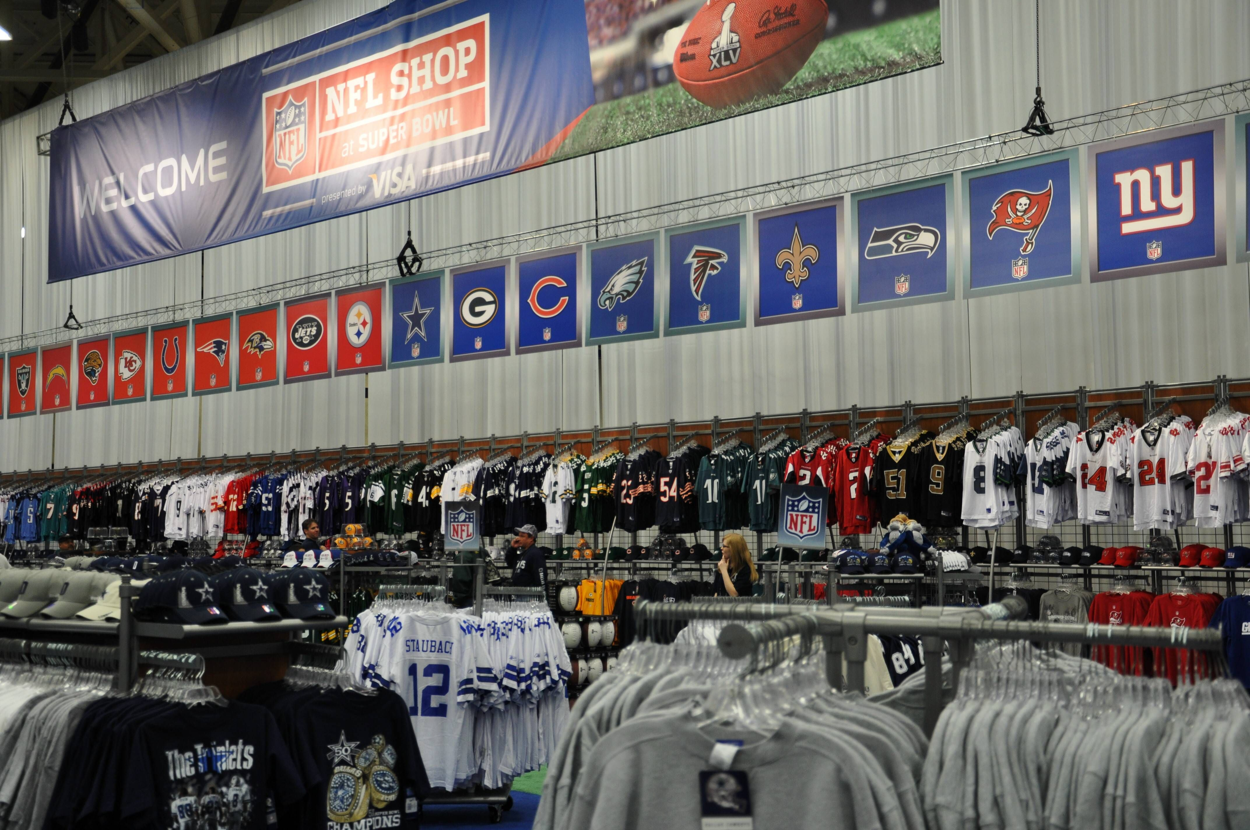 new arrival 89c11 e54ef NFL Experience | Sports Retail | Nfl shop, Nfl, Broadway shows
