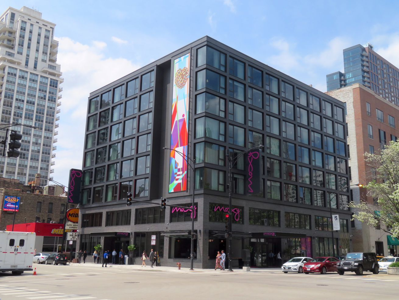 Millennialfocused moxy hotel opens in river north river