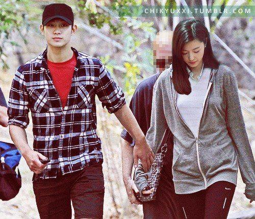 Kim Soo Hyun And Jeon Ji Hyun Cute Fan Arts Kim Soo Hyun My Love From The Star My Love From Another Star