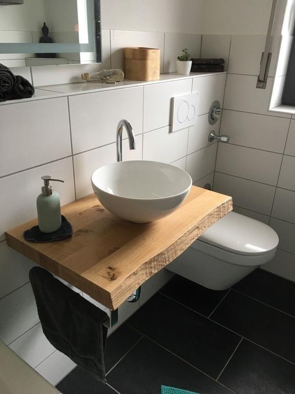 Waschtischplatte mit Baumkante – einzigartig und maßgefertigt