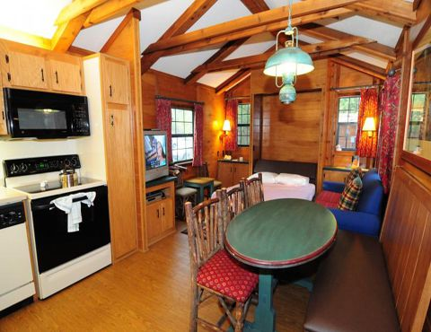 Six Reasons We Love Disney\'s Fort Wilderness Cabins | TouringPlans ...