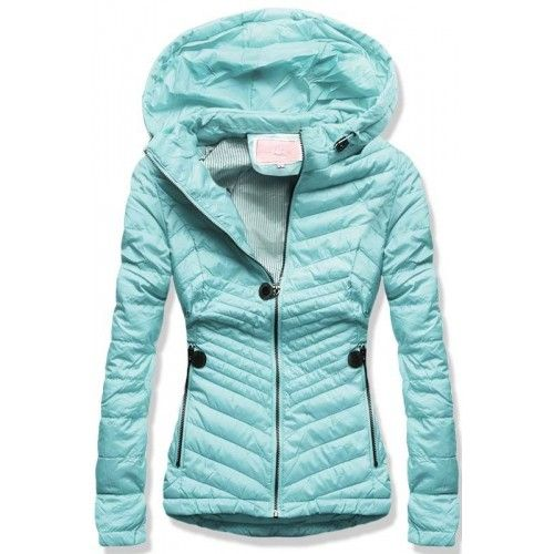 e657ae5fcd4 Dámská jarní podzimní bunda Leria světle modrá – modrá – stylová prošívaná  bunda – zadní strana je o něco delší než přední – dvě přední kapsy a jedna  ...