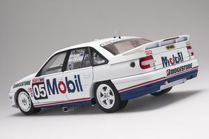 - HOLDEN VN COMMODORE SS GROUP A - #05 DRIVERS: BROCK/MIEDECKE - TOOHEYS 1000 (1991) - Biante Model Cars - 1/18
