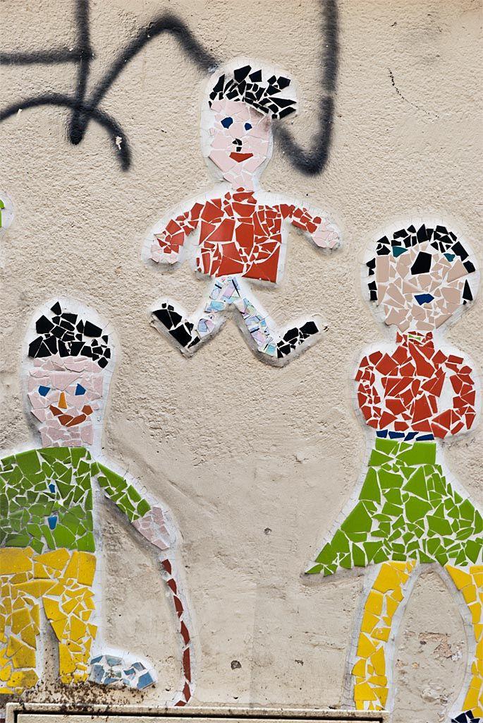 https://flic.kr/p/arTMUQ | Los niños mosaicos, querían crecer, pero estaban rotos.