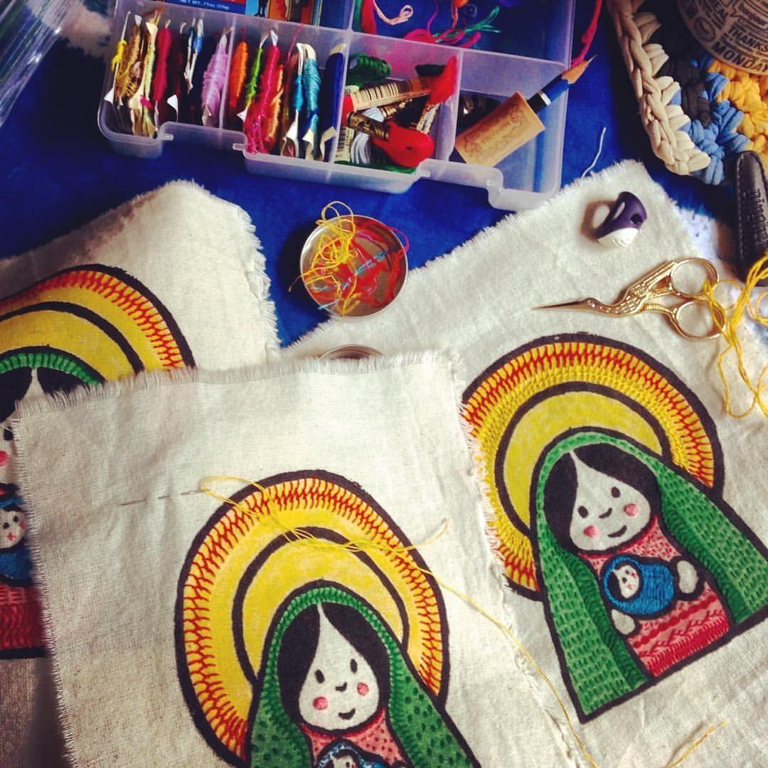 #bordando #Mariitas #guadalupanas #matrioska #handembroidery #bordado #bordadoamano #bordadoamao #virgencita #virgendeguadalupe #muñeca #ourlady #nossasenhora #embroidered