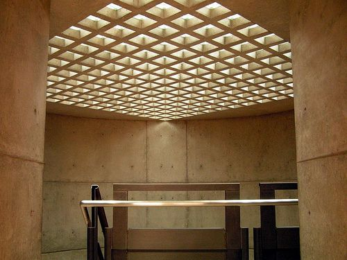 Yale Center For British Art Staircase Skylight Louis Kahn Louis Kahn Yale Architecture British Art