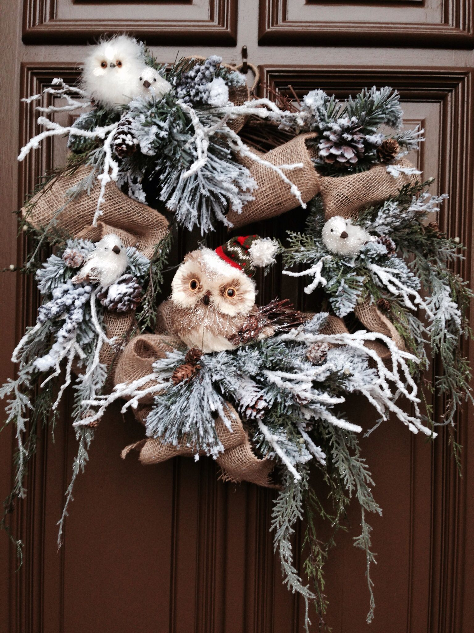 Owl christmas wreath burlap ribbon on grapevine with for Burlap wreath with lights