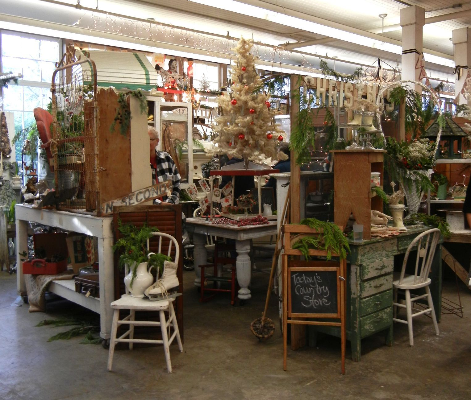 Antique Ideas: Pin By The Cottage -well Loved Furnishings On Christmas