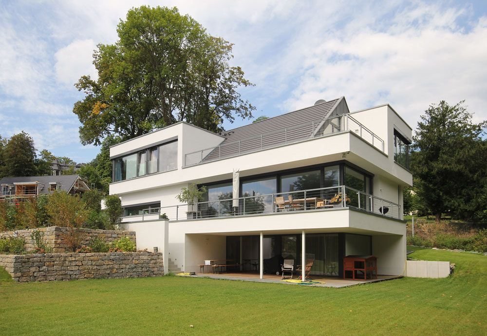 Haus bauen ideen satteldach  Moderne Stadtvilla mit Satteldach http://www.flow-architektur.de ...