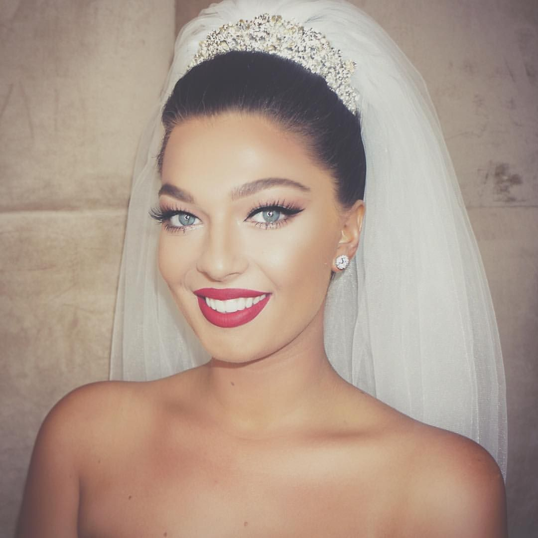 This Is One Of The Classic Makeup Looks I Prefer For Wedding Day Bride