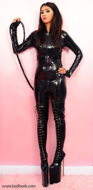Boot fetish thigh pvc