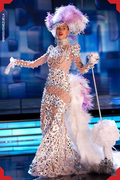 Stefanía Fernandez. Miss Venezuela 2008. Miss Universo 2009 ... 7d6a5c4de4d7