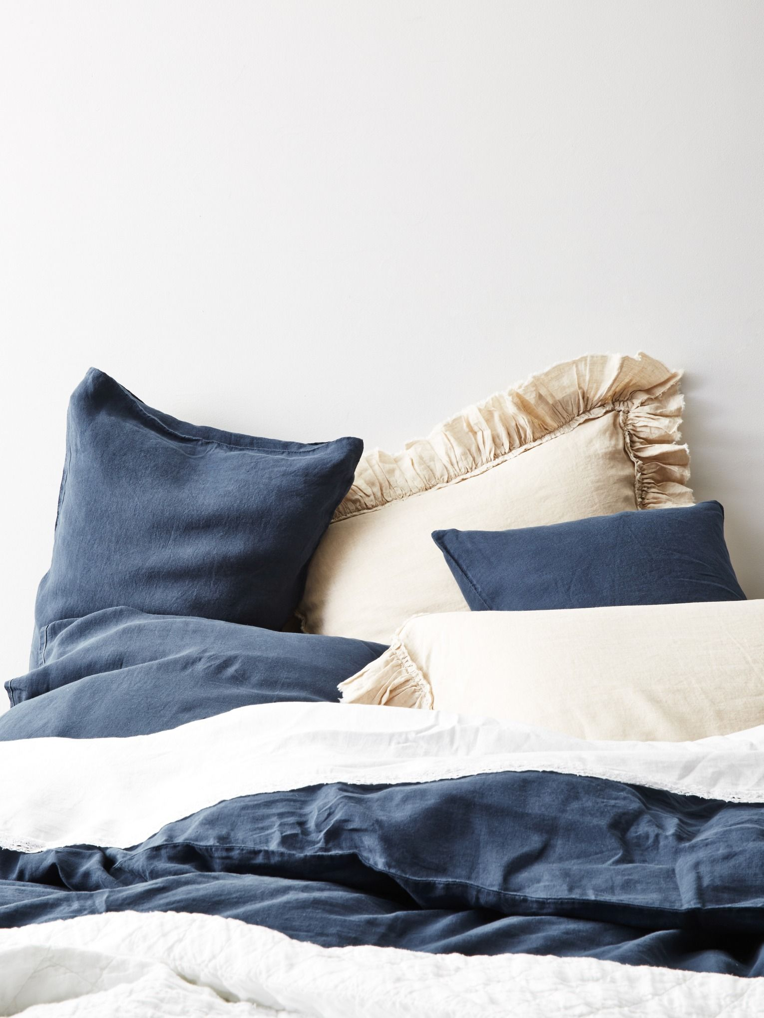Navy And Cream Linen Bedding What Could Be Better Bed Linens
