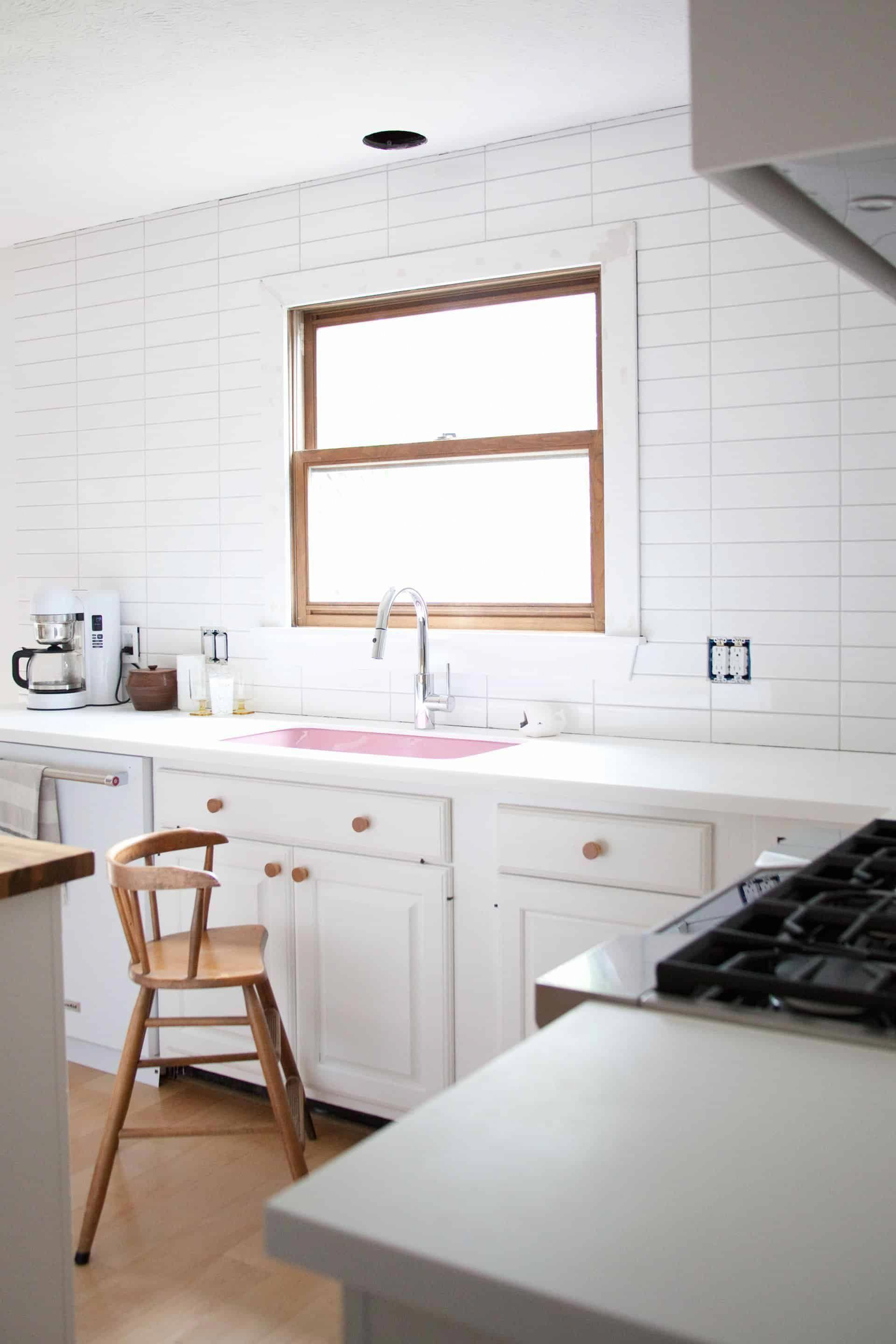 painting kitchen cabinets with annie sloan s chalk paint rh pinterest com