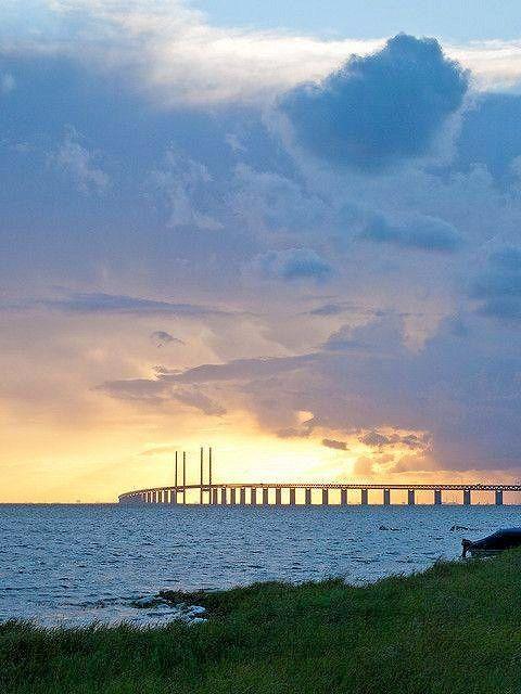 The Oresund Bridge Between Sweden And Denmark In The Beautiful Midsummer Sunset Sweden Travel Sweden Travel Spot