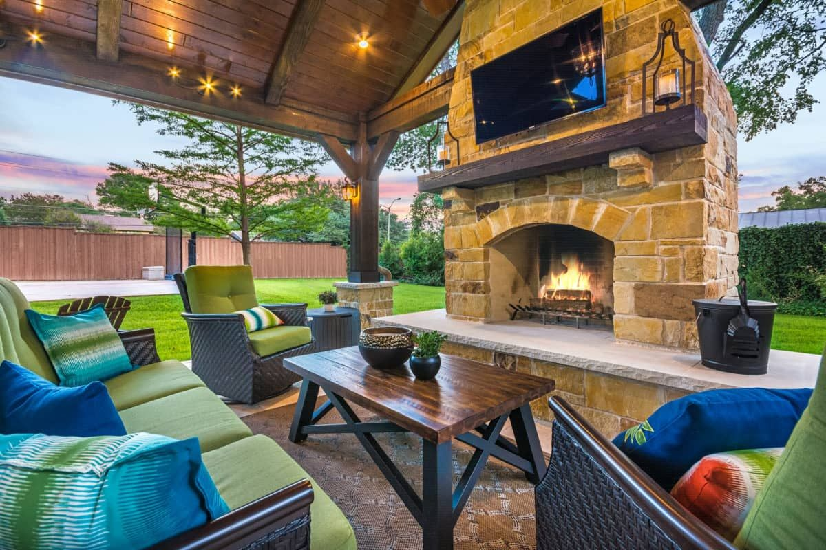 this freestanding covered patio with an outdoor kitchen and rh pinterest com