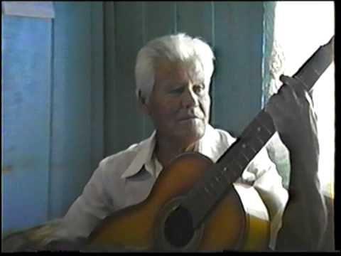 CCB Irmão Manoel (Saudoso) Cantando um Hino
